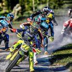 Valentino Rossi se fractura la tibia y el peroné