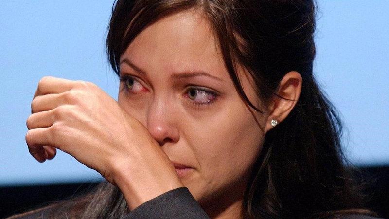 Angelina Jolie contrató a un sicario para que la matara